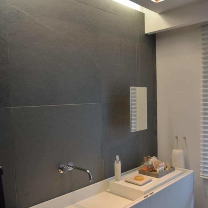 granipex_Grey-Slate-Bathroom-Wall